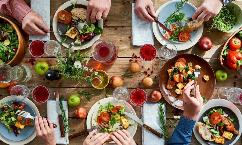 Healthy Holiday Food Hacks to Keep You On Track This Season