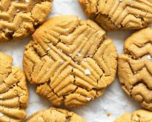 4 ingredient peanut butter cookies 🥜 By Joellen Fitness Trainer