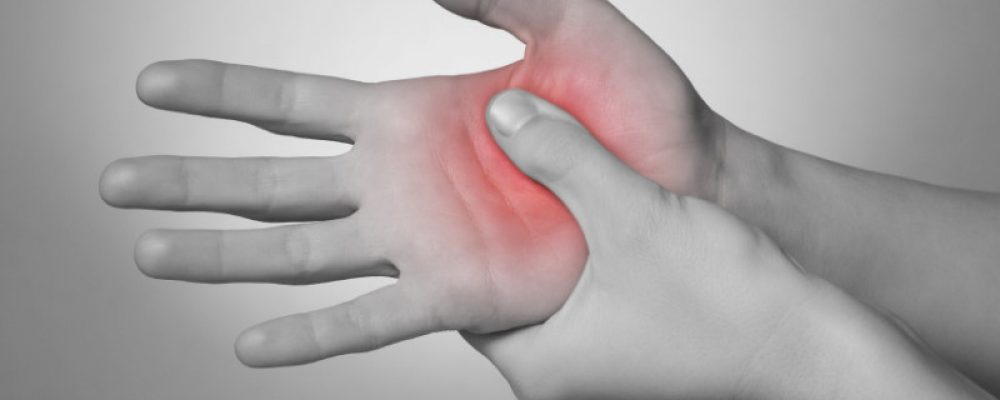 THE BEST WAYS TO COMBAT HAND PAIN By Advanced PMR