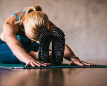 How To Stretch (Really Effectively) Without That Burning Pain