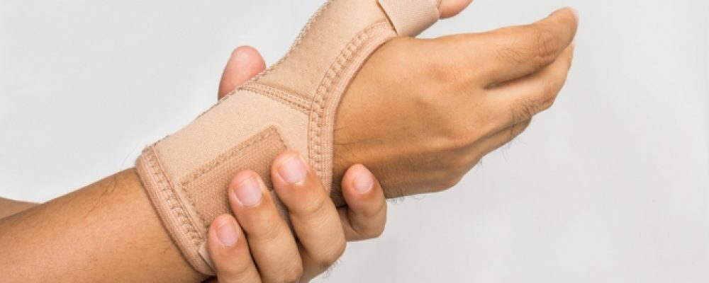 Carpal Tunnel Syndrome Treatment  Dr. Daniel Savarino at Apex Sports and Regenerative Medicine in Tinton Falls
